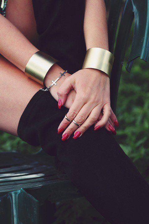 Read more about the article Comment choisir un bijou pour offrir ?