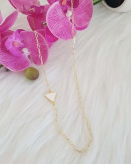 Collier/sautoir triangle blanc