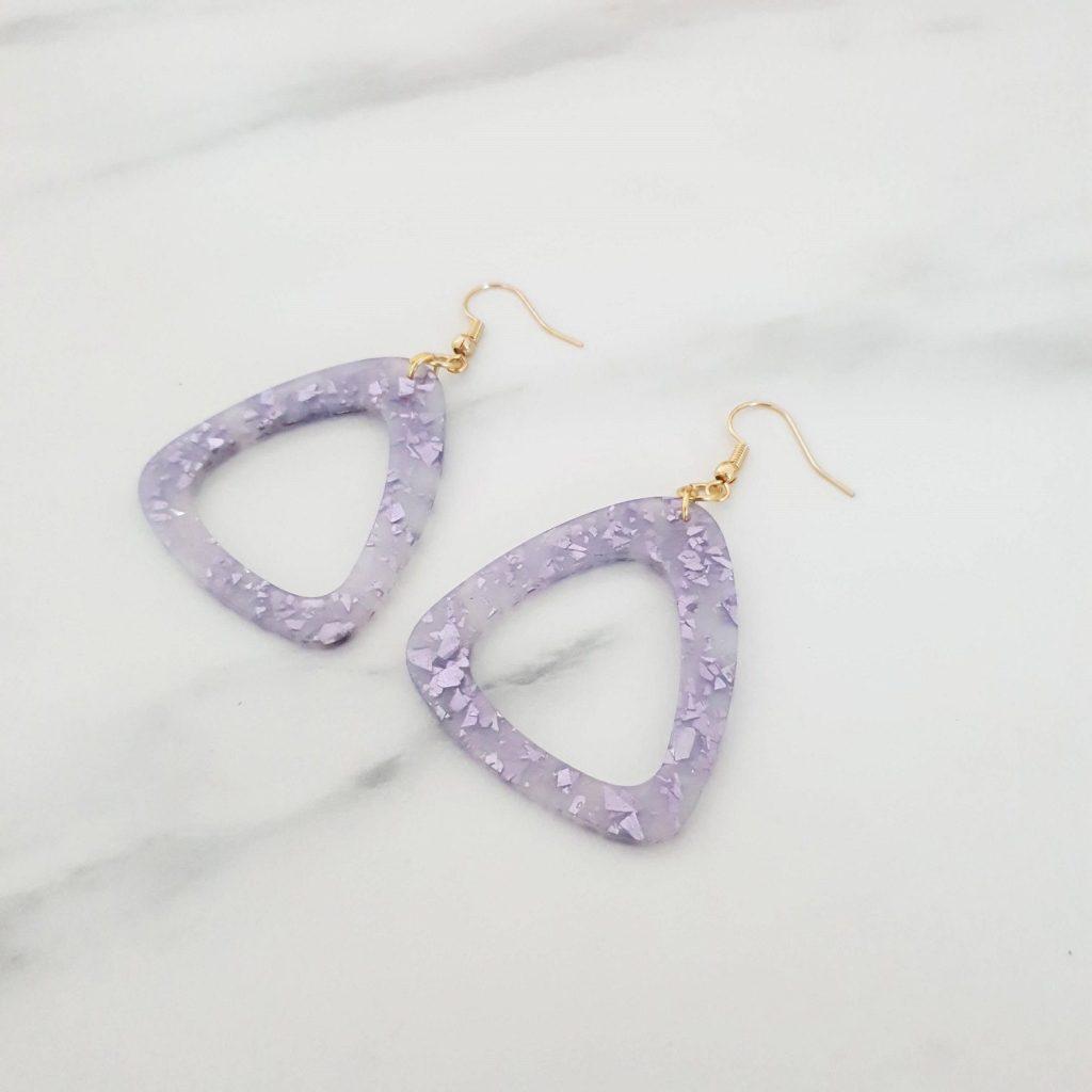 Boucles d'oreilles triangle lilas