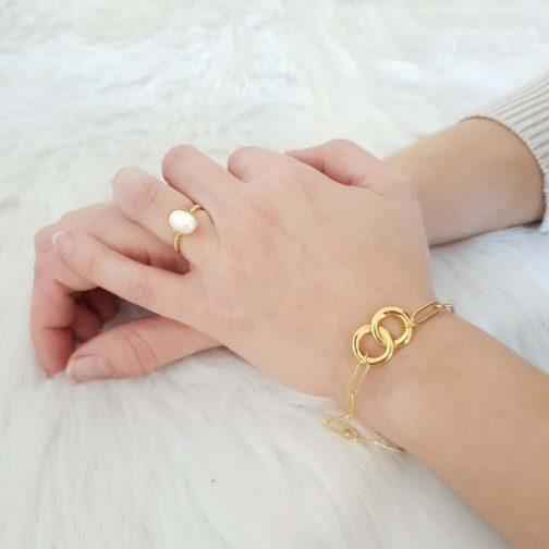 Bracelet cercles enlacés