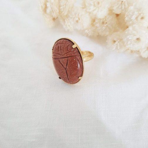 Bague scarabée pierre de soleil