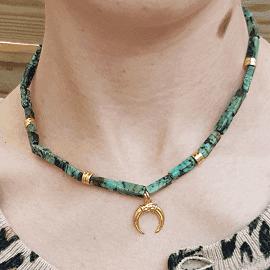 Collier pierre gemme corne