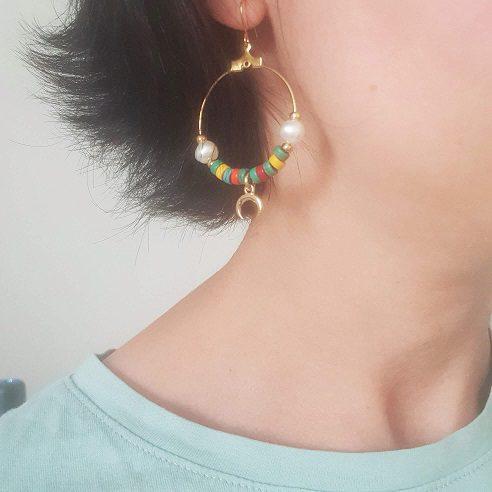 Boucles d'oreilles colorées lune